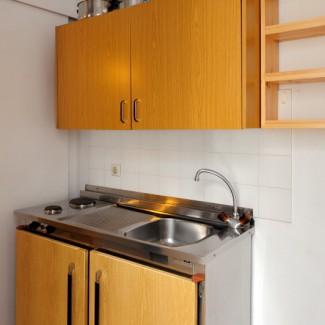 Apart 3 kitchen -