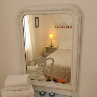 Apartment 4 Double Bedroom Mirror -
