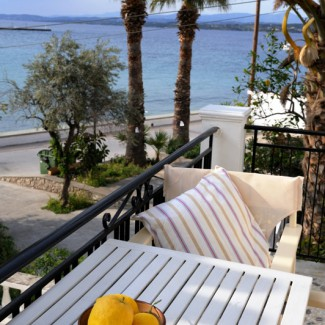 Apartment 4 Balcony Lemons -