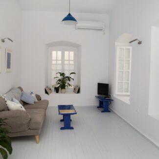 apartment 2 1 -