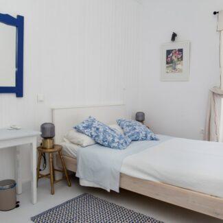 apartment 2 7 -