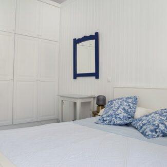 apartment 2 8 -