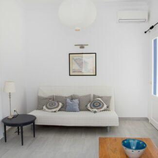 apartment 3 1 -